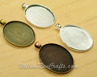 30 pcs 30 x 40mm Oval Pendant Trays in Antique Silver, Antique Bronze, Antique Silver and Silver, Blank Bezel Cabochon Setting