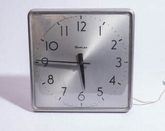 Simplex Industrial Metal Vintage Wall Clock
