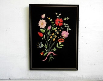 Vintage Embroidered Wildflower Bouquet | Vintage Flowers | Crewel Flowers | Floral Bouquet