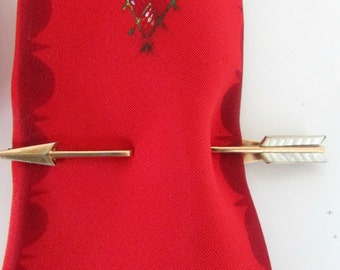 Vintage Swank Pierced Arrow Tie Bar Mother of Pearl Vane feathers 1940s