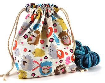 Knitting Crochet Project Bag *with yarn guide* - Hedgehog Meadow
