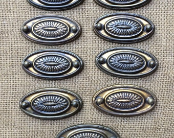 Vintage Hepplewhite Handles, Furniture Restoration Projects, Shabby Chic Gorgeous! circa 1940
