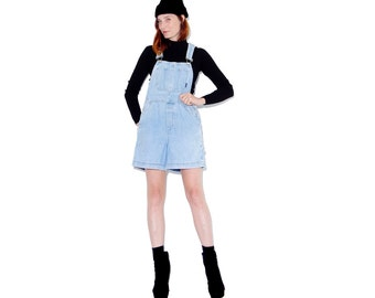 cutest OVERALL SHORTS size small // womens overalls denim overalls light wash jeans 90s clothing 90s grunge mom jeans