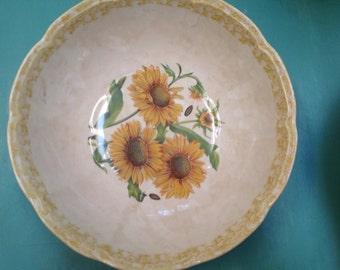 Ceramica Due Torri- Italy- garantito per alimenti- large sunflower serving bowl