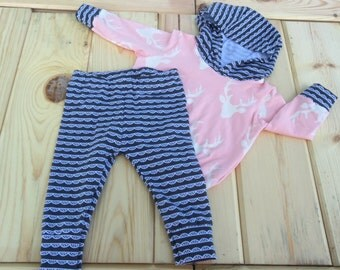 Sized 3-6 month Baby Girl Hoodie/legging Outfit in Buck and Lace Design