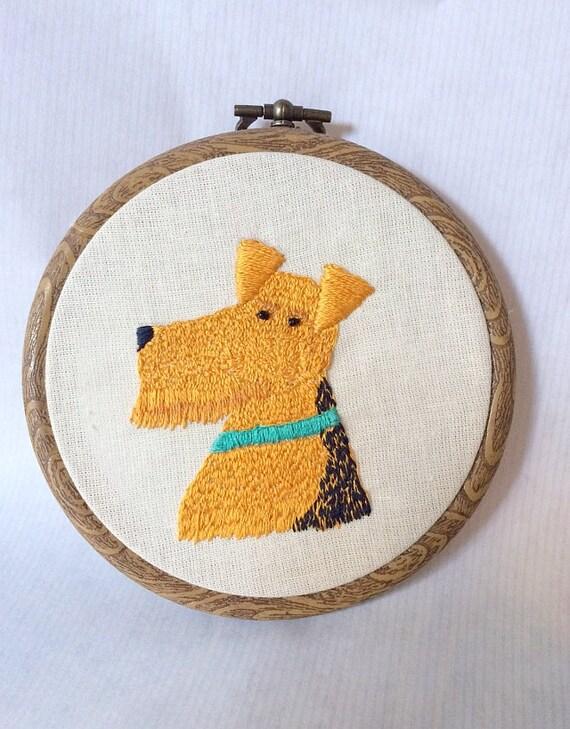 Pet Portrait Embroidery. Personalized Custom Pet Portrait. Hand Embroidered wall hanging art. Commission. Custom Dog or Cat Portrait.