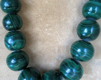A Necklace of Graduated Malachite Beads
