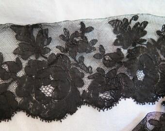 "Antique Black Lace Trim in Silk Spanish Blonde Lace 104"" x 4"""