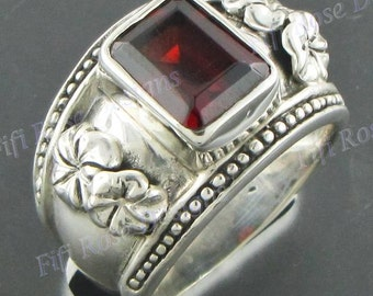 Gorgeous Red Garnet 925 Sterling Silver Sz 6.5 Ring
