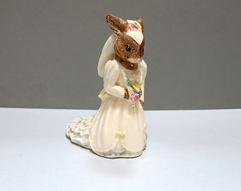 Bunnykins Bride Statue Rabbit Royal Doulton 1990 Vintage Wedding Decor