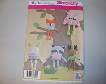 New Simplicity Stuffed Animal Pattern 1549 (Free US Shipping)