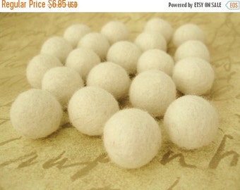 ON SALE 15% OFF Felt Balls Ivory - 20 Pure Wool Beads 20mm - Off white Shade -   (W204)
