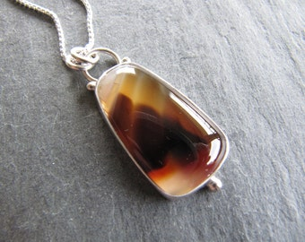 Lovely Montana Agate Pendant in sterling Silver