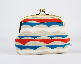 Metal frame purse with two sections - Waves in blue red and white - Pop up / Japanese fabric
