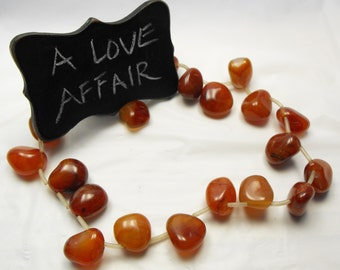 POLISHED CARNELIAN PEBBLES 00502b gemstone beads top drilled s-s 20-24mm rusty red tumbled free form agate stone nuggets 21 pc strand