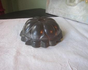 Vintage Tin Jello Cake Pudding Mold