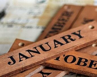 vintage wooden slats, calendar, months, home decor, Cool Vintage, 2018