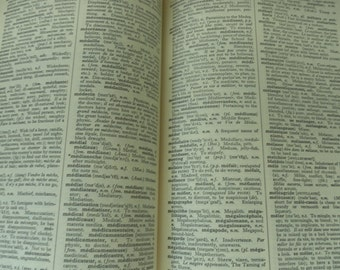 CASSELL'S French/English Dictionary vintage  1951