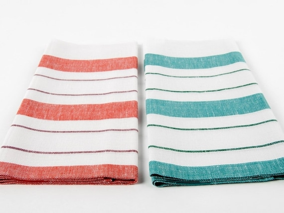 Oasis Towels is A Class Apart Organic Towel Manufacturer We are regarded as the top-class organic towel manufacturer, and are equipped with the best professional team which makes sure to handpick the best organic and natural cotton and raw materials, producing the towels with the help of excellent proficiency and scientific methods.