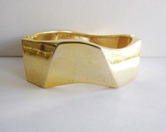 Vintage gold geometric cuff bracelet (P)