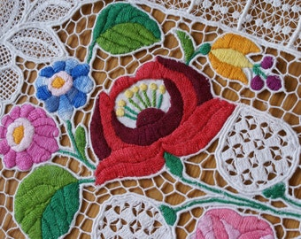 "Wonderful hungarian embroidery ""Kalocsai"" for your home!"