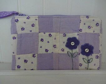 Vintage Quilt Zipper Bag ECS