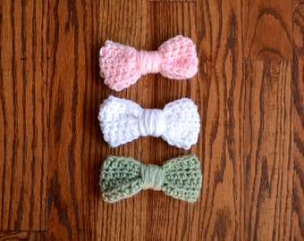 set of 3 crochet hair bows: baby pink, pure white, sage green