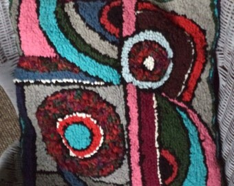 Abstract design cushion