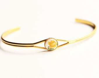Yellow Flower Dot Bracelet