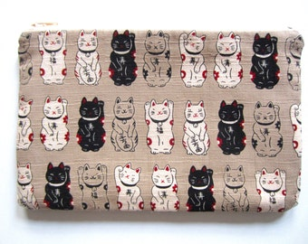 Pencil/Cosmetics Case - Japanese Lucky Cat on beige kimono cotton