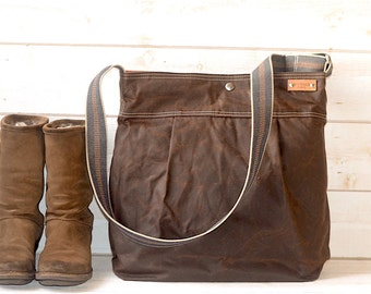 Waxed Canvas bag, Messenger bag, Tote, Diaper bag, Leather straps, Women messenger, Travel bag, Vogue, Fall Fashion