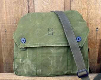 Vintage Euro Military Messenger Bag - Olive