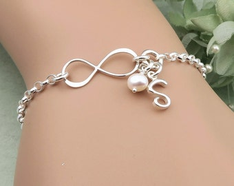 Personalized Infinity Bracelet, Sterling Silver,  Initial Bracelet, infinity and pearl, Mother of the Bride, Best Friends, Sisters, mom gift