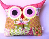 Valentine day sale/Patchwork/ green/coral/ /Owl pillow/Ready to ship