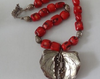 Vintage Sterling Silver and Red Coral Necklace 18 Inches