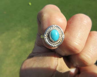CHRISTMAS SPECIAL - Western Sterling Silver Turquoise Ring - Size 6 3/4 - Arizona Blue Beauty Stone