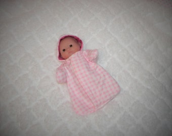 5-LITTLEHEAD-HS-38) 5 inch Lil Cutesies Little Head Berenguer baby doll clothes, 1 flannel hooded sleeper with panties