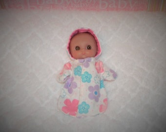 5-BIGHEAD-HS-51) 5 inch Lil Cutesies Big Head Berenguer baby doll clothes, 1 flannel hooded sleeper with panties