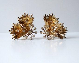 Emmons Jewelry Starburst Earrings Gold Tone Rhinestone Clip On Vintage 70s Large Earrings