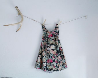 Perfect floral girls jumper/romper/dress