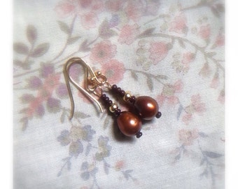 Coppery Cocoa Pearl Beaded Earrings
