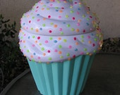 Rainbow 3-D Marshmellow Sparkling Candy Dots Cupcake Jar Mint Green
