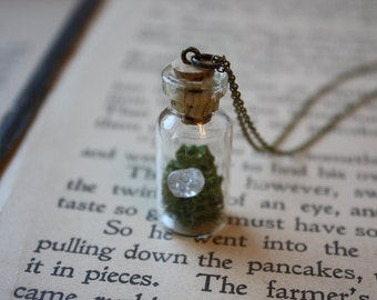 Terrarium Necklace - Gemstone Necklace - Moss Terrarium Necklace - Botanical Necklace