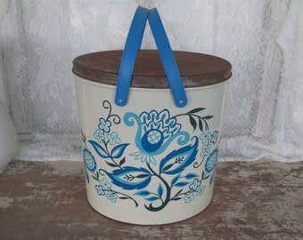 Vintage Metal Trash Can Waste Basket Handled Metal Picnic Basket Blue White Floral Tin Covered Metal Carrier Vintage Home Office