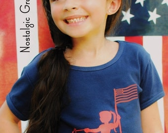 Patriotic Kids (Girl) Short Sleeved Crew Nostalgic Graphic Tee in Navy with Red