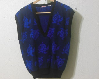 sweater vest / 80s vintage / floral print / v-neck / medium large fit / savannahwillow