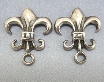 Sterling Silver Post Earring Fleur de Lys Flur De Lis 1 pair Findings Jewelry Supplies A-80