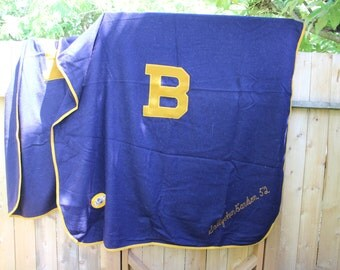 Wool Blanket Varsity Letter B Beloit Collage Sorority Fraternity Delta Gamma Stadium Artcraft label 1950 VINTAGE by Plantdreaming