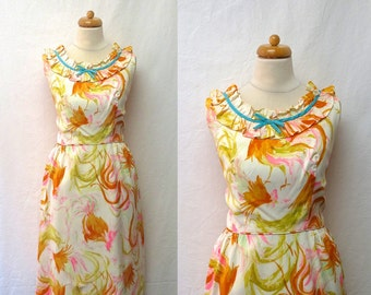 1960s Vintage Novelty Print Crepe Dress / Rooster Feather Butterfly Watercolour Print Dress