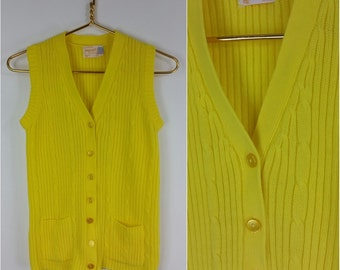 Cute Vintage 60s 70s Bright Yellow Knit Sweater Vest with Pockets!